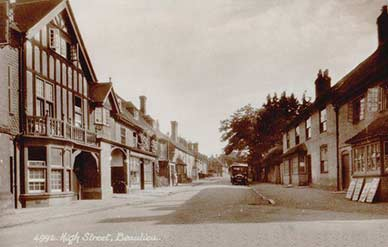 Beaulieu High Street seen here in 1930