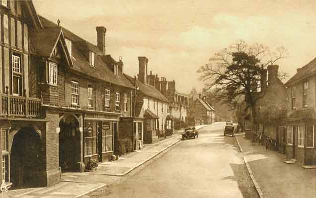 A 1930s view of Beaulieu High Street