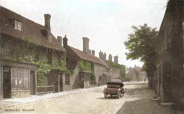 Beaulieu village - the High Street again in the early 20th century
