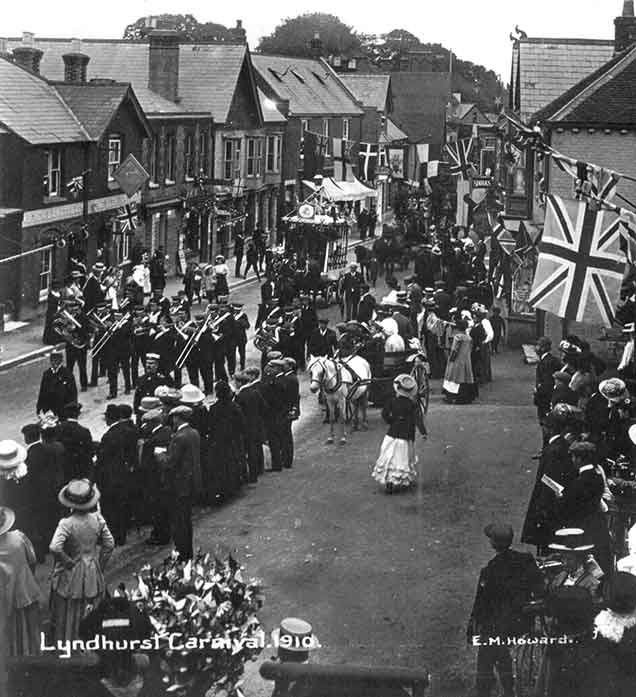 Lyndhurst carnival in 1910, probably photographed from an upstairs room at the Fox and Hounds